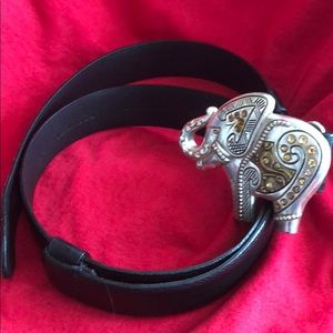 Chico's belt with elephant buckle